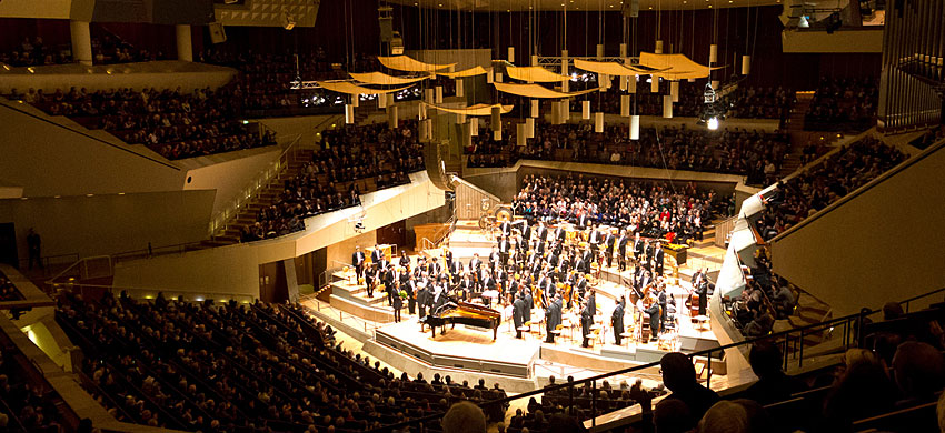 Filarmonica di berlino berlino for Citta tedesca nota per le fabbriche di auto
